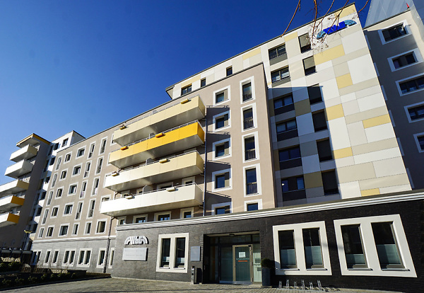 Firmensitz Wohnungsbaugesellschaft Plauen mbH und Immobilienservice Plauen GmbH Bahnhofstraße 65
